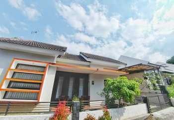 Villa 2 Bedrooms Near Museum Angkut No. 7