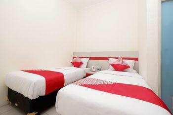 OYO 1620 Sion Family Residence Grobogan - Standard Twin Room Regular Plan