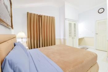 HOG Batu Guest House Syariah Malang - Suite NR Min 2 Nights 43%