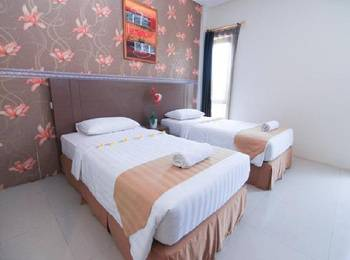 Sun Palace Hotel Mojokerto - Superior Twin Room Regular Plan