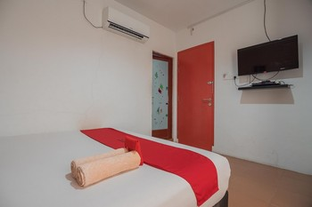 RedDoorz @ Batam Center 2 Batam - RedDoorz Room with Breakfast KETUPAT
