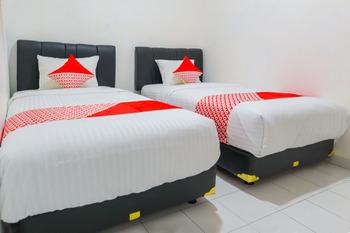 OYO 3058 Griya Samawah Syariah Near Radjak Hospital Salemba Jakarta - Standard Twin Room Regular Plan