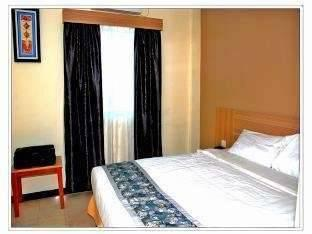 Hotel Golden Gate Batam - Deluxe Room Regular Plan