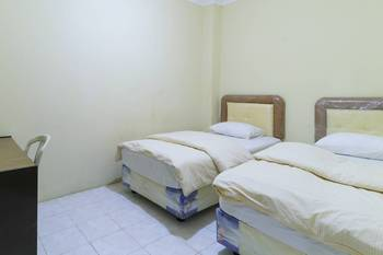 Guest House Samarinda Samarinda - Standard Double Room Basic Deal
