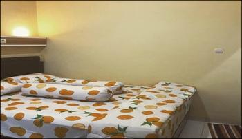 Kenar Guest House Yogyakarta - House 3 kamar Regular Plan