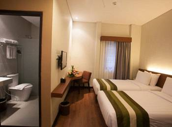 Grand Whiz Nusa Dua - Standard Room Only Kurma Deal