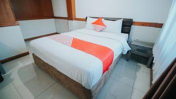 OYO 1209 Tirtasari Nice Guesthouse Bandung - Standard Double Room Regular Plan