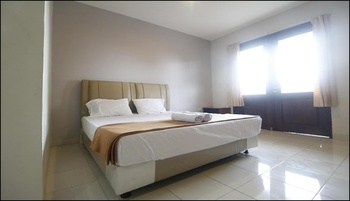 Wisma Amandari Bandar Lampung - Premium Room With Balcony Views Regular Plan