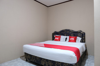 OYO 1851 Homestay Joss Belitung - Standard Double Room Early Bird Deal