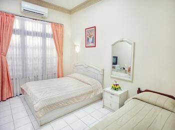Vidi 1 Hotel Yogyakarta - Triple Twin Regular Plan