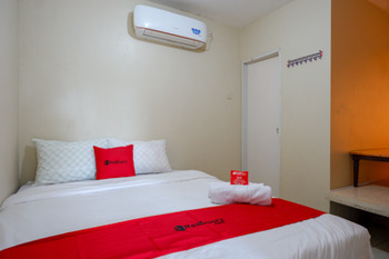 RedDoorz near Ahmad Yani Monument Park Kudus Kudus - RedDoorz Room Regular Plan