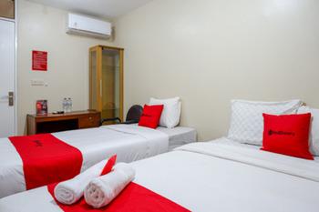 RedDoorz near Ahmad Yani Monument Park Kudus Kudus - RedDoorz Twin Room Regular Plan