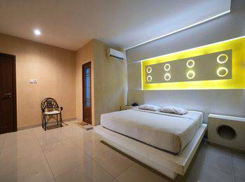 Hotel Majestiq Pekanbaru - Kamar Deluxe Regular Plan