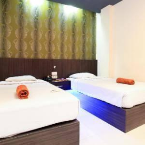 Hotel Majestiq Pekanbaru - Deluxe Twin Room Regular Plan