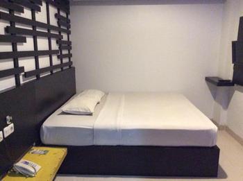 Hotel Majestiq Pekanbaru - Standard 1 Bed (Queen bed) Regular Plan