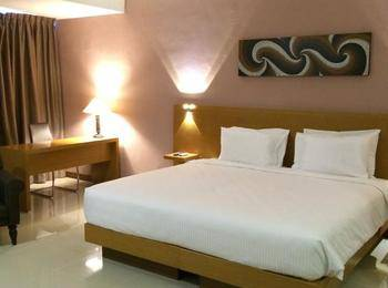 Grand Cendrawasih Hotel Makassar - Deluxe Room Regular Plan