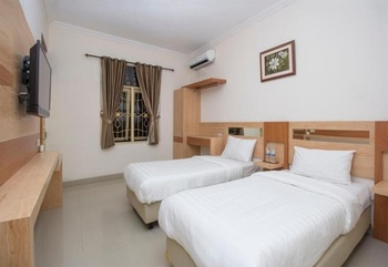 Pondok Shabrina Family Homestay Yogyakarta - Standard Twin Room Regular Plan