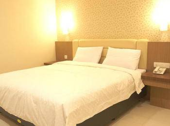 Hotel Emerald Surabaya - Deluxe Single Room Only Regular Plan