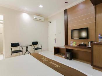 Life Emerald Hotel Surabaya Surabaya - Executive Suite Room Regular Plan