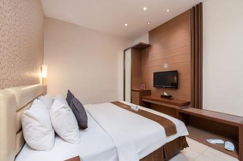 Life Emerald Hotel Surabaya Surabaya - Superior Room Breakfast Flash Sale