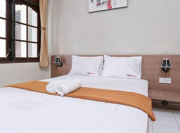 RedDoorz @Patimura Legian Bali - RedDoorz Room Special Promo Gajian