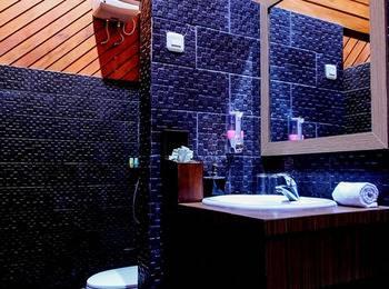 Green Tropical Village Hotel & Resort Belitung - Deluxe Room Regular Plan