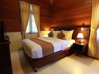 Green Tropical Village Hotel & Resort Belitung - Deluxe Room Regular Plan