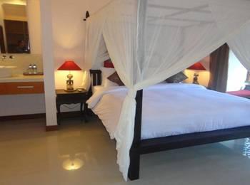 Villa Kamar Madu Seminyak Bali - Deluxe Double Room LUXURY - Pegipegi Promotion