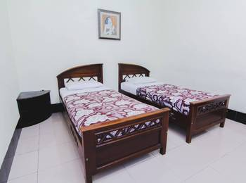 Hotel Bandara Asri Yogyakarta - Deluxe Twin Bed Stay More, Pay Less