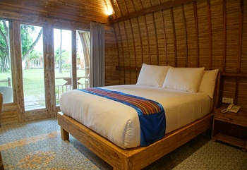 Puri Rinjani Bungalows Lombok - Lumbung Room Regular Plan