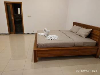 Harris Surf Villa Bali - Standard Double Room Regular Plan