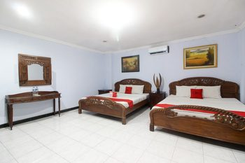RedDoorz near Kotagede Yogyakarta - RedDoorz Family 24 Hours Deal