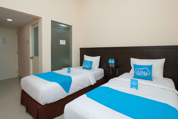 Airy Syariah Gayung Kebonsari Lima 11 Surabaya - Deluxe Twin Room Only Regular Plan