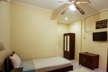 Segara Sadhu Inn Bali - Standard Room Only Best Deal