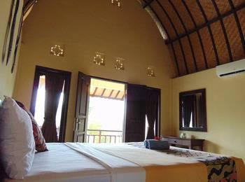 Livingwell Inn Bali - Deluxe Garden Bliss  Regular Plan