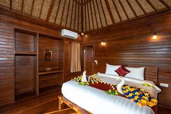 Karang Mas Villa Bali - Superior Hut Bungalow Last Minute