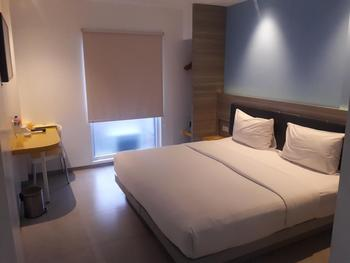 Amaris Hotel Ambon - Smart Room Hollywood Regular Plan
