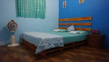 Kualanamu Guest House Medan - Budget Double Room SEPTEMBER CERIA