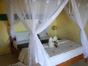 Bukit Indah Homestay Bali - Superior Room with AC Regular Plan