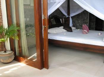 Bukit Indah Homestay Bali - Standard Room with Fan Regular Plan