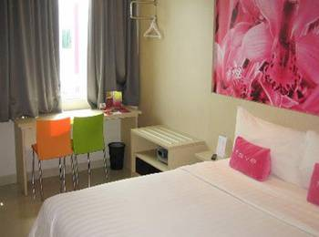 Fave Hotel Balikpapan - Superior Room Regular Plan
