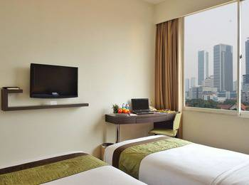 Cemara Hotel Jakarta - Superior with Breakfast crazy deal