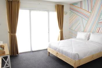 Hotel Kupu Kupu Bandung - Standard Queen Room Only Refundable 35% Promotion
