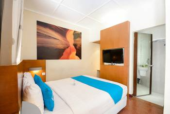 Airy Klojen Lamongan 12 Malang - Junior Double Room With Breakfast Special Promo Mar 28
