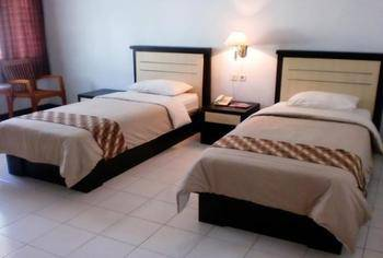 Paiton Resort Hotel Probolinggo - Standard Twin Bed Regular Plan