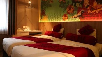 Meotel Purwokerto - Smart Room with Breakfast Regular Plan