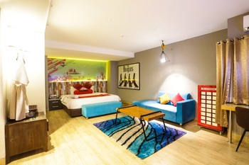 Meotel Purwokerto - Junior Suite Room Regular Plan