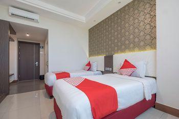 OYO 1301 Hotel Grand Citra Makassar - Deluxe Twin Room Regular Plan