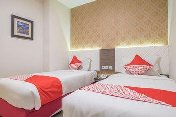 OYO 1301 Hotel Grand Citra Makassar - Standard Twin Room Regular Plan