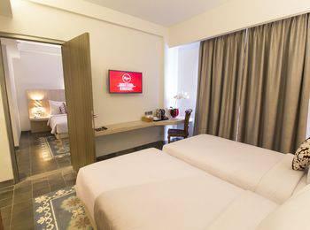 Burza Hotel  Yogyakarta - Deluxe Room #WIDIH - Pegipegi Promotion
